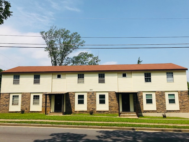 Rent In Rolla - Apartment Front Image