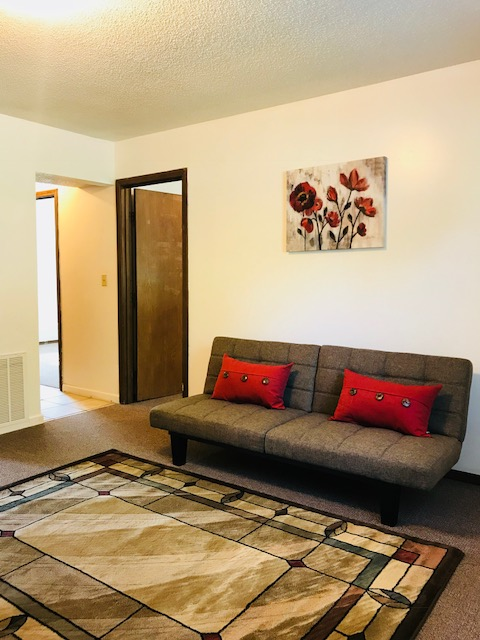 Rent In Rolla - Apartment living Room Image